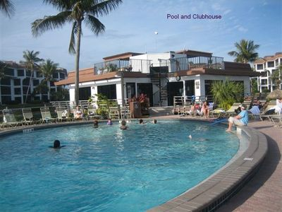 Pointe Santo pool and clubhouse