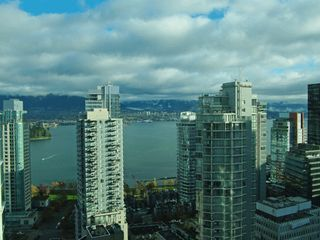Vancouver condo photo - Coal Harbour Views