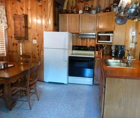 Flagstaff cabin photo - Well equipped kitchen complete with all utensils, cookwear and small appliances.