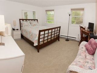 Bushkill house photo - Large bedroom with full bath