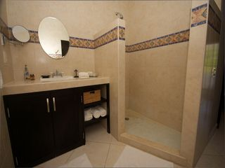 Playacar condo photo - Large bathrooms.
