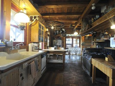 Lodgepine Kitchen