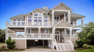 Semi Ocean Front Estate On North Carolinas Outer Banks in Corolla near Duck OBX