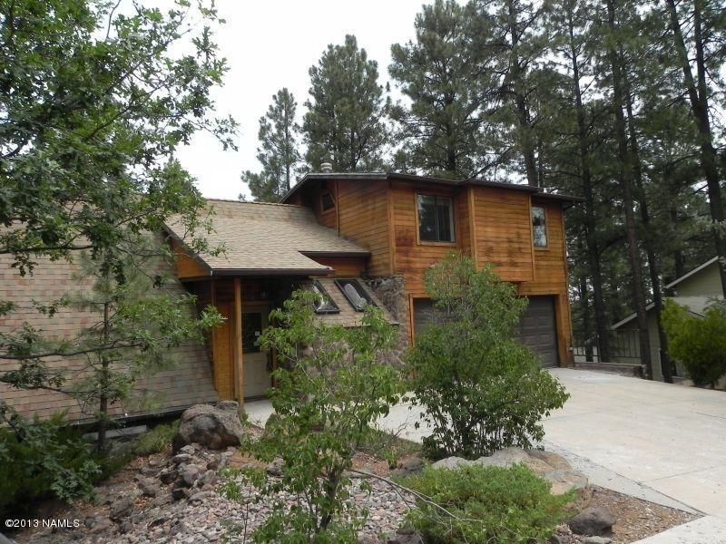 Flagstaff vacation rental vrbo 571763 5 br canyon for Az cabin rentals with hot tub