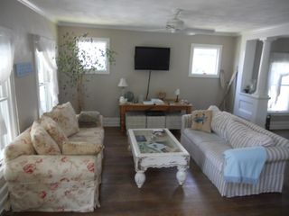 Cape Charles house photo - Family room with seating for 10