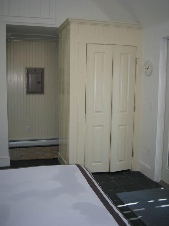 Closet Door to Hall