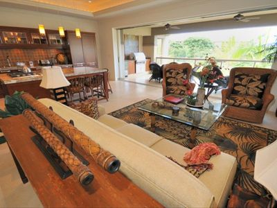 Gorgeous spacious living room with Large Lanai