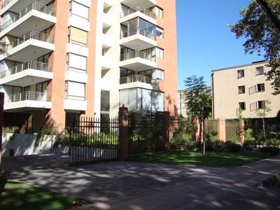 El Campanario - Beautiful 2 BR Condo in Providencia With AC