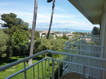 View from Bedroom Balcony to Nice & Mountains