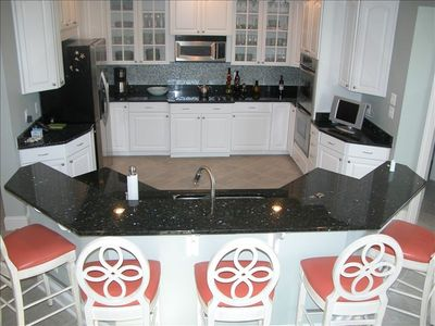 """SouthPointe"" Gourmet Kitchen with Granite Breakfast Bar & Stainless Appliances"