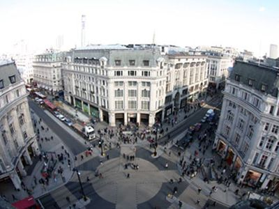 Oxford Circus - 5 min walk
