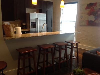 New Orleans condo rental - Kitchen Counter Seating