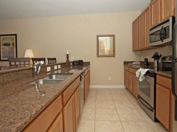 Granite/stainless kitchen