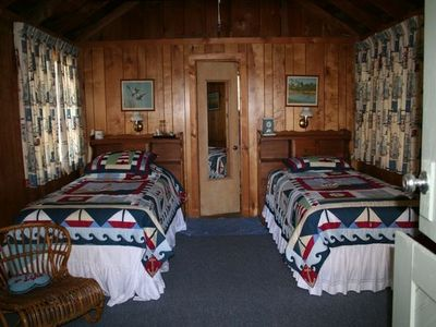 Twin beds in the cabins