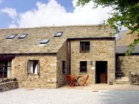 GRANGE COTTAGE, family friendly, with a garden in Buckden, Ref 1574
