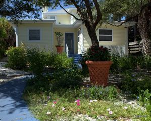 Siesta Key house photo - a charming 1916 cottage by the sea, romance and nature surround you