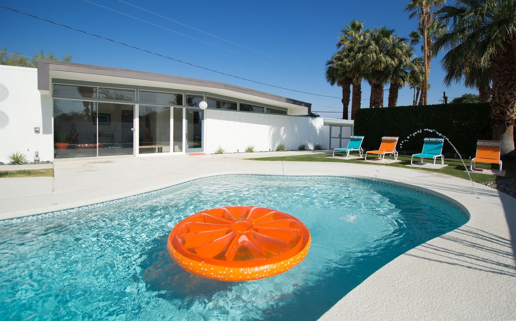 This Wexler Will Wow You Deluxe Mid Century Vrbo