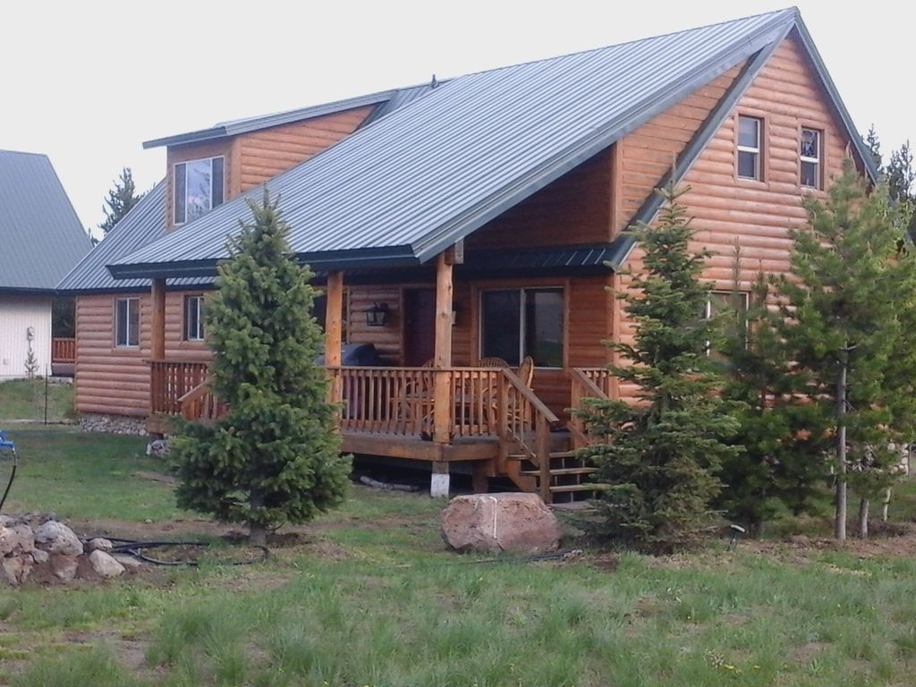 Gateway to yellowstone national park world vrbo for Cabin yellowstone park