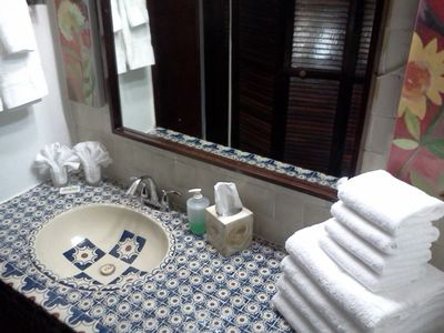 Rio Grande villa rental - Additional lavatory out of bathroom