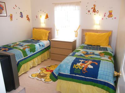 Pooh Bear's room with TV/DVD Games