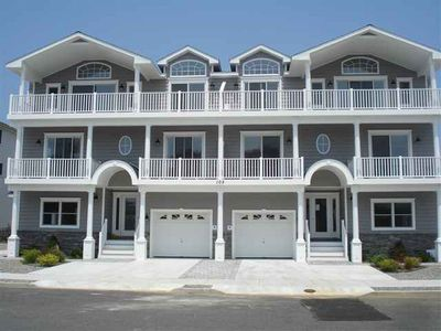 Sea Isle City townhome rental - East Unit(Right)