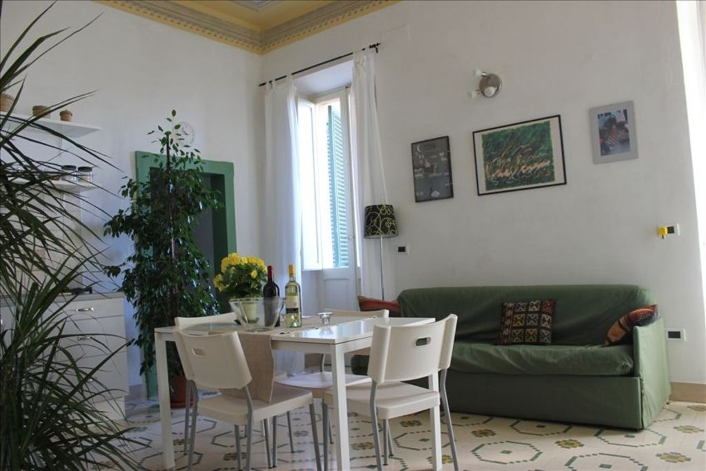 Spello very nice medioeval house close to vrbo for 10 living room cafe by eplus