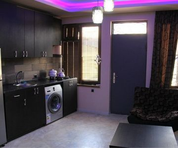 2 bedroom flat in Sololaki, Tbilisi with old city and mountain views