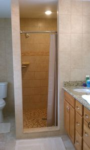 Fort Myers Beach house rental - Master Bath