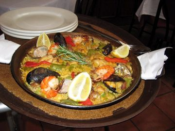 Local Paella
