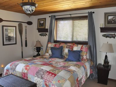 Country Club Estates house rental - Lower Level King Bedroom with large LCD TV