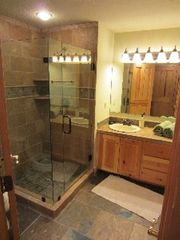 Deer Valley condo photo - Bathroom for 2nd bedroom