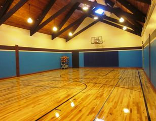 Galena house photo - Indoor Basketball Court