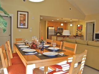 Winter Park condo photo - Gather round the dinning table and share your adventures from the day.
