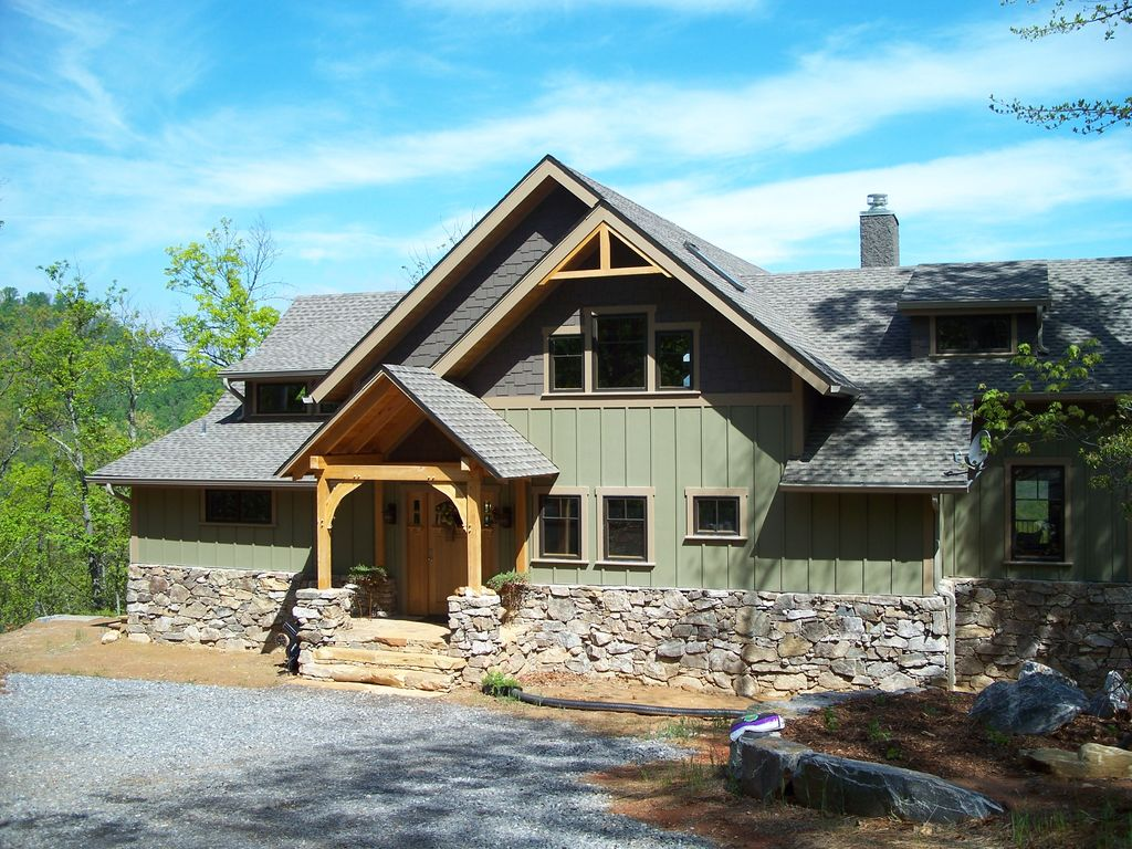 Custom timber frame home with spectacular vrbo for Custom a frame homes