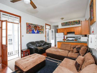Prime Location! Sleeps 10+! Cool Courtyard! Party Central!