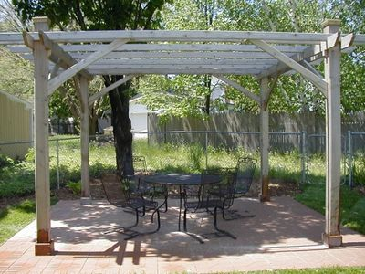 Garden pergola - enjoy the Michigan weather