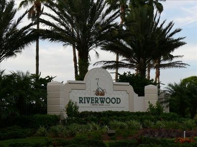 Entrance to Riverwood Golf Gated Community