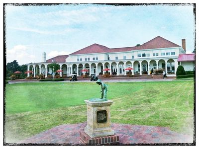 Golf Terrace is the closest condos to the Pinehurst County Club  - an easy walk