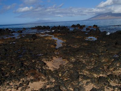 Tide pools at Keawakapu Beach