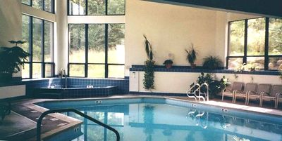 Heated Indoor pool and hot tub, steam room, sauna and gymnasium