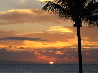 A BEAUTIFUL MAUI SUNSET RIGHT OUTSIDE YOUR PRIVATE COTTAGE