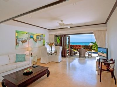 Living/Dining area with sea view