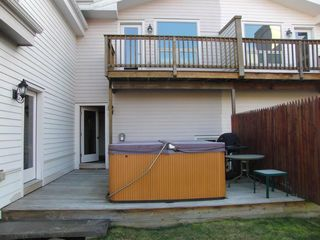 Stowe townhome photo - Outdoor hot tub with mountain view