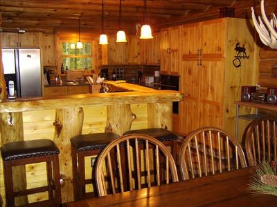Honor cabin rental - Main level Kitchen
