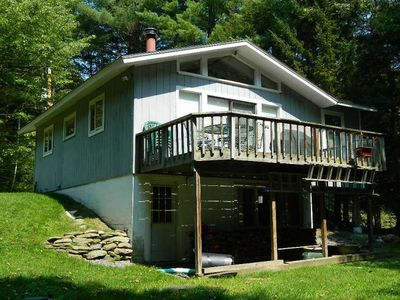 Stowe chalet rental - Beautiful back yard with deck