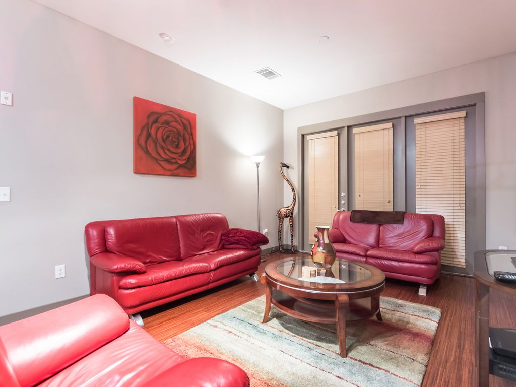 Nice 1 Bedroom Apartment In Uptown Perfect Homeaway Dallas