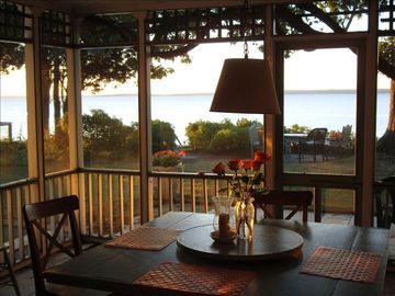 bay view screened dining porch