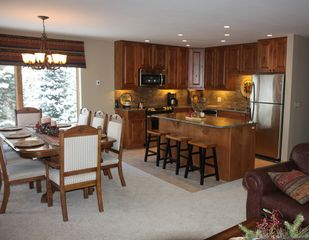 Breckenridge condo photo - Dining Area and Kitchen