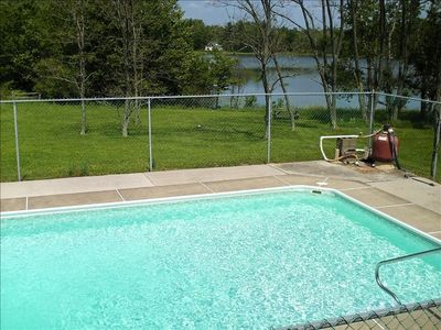 Lakefront w inground pool hot tub vrbo for Pocono rental with private swimming pool