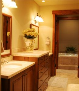 Large Master Bath with adjoining his & her walk-in closets